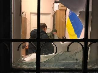 Выборы в Николаевке: Ночью произошло покушение на председателя Районной избирательной комиссии