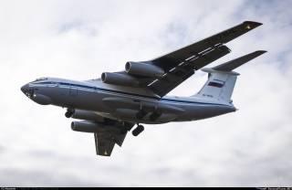 Власти Азербайджана не пропустили российский военный самолет, летевший по «сирийскому» направлению в Армению