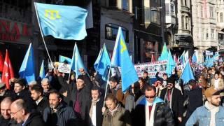 В Стамбуле прошла массовая акция протеста против политики России в Крыму