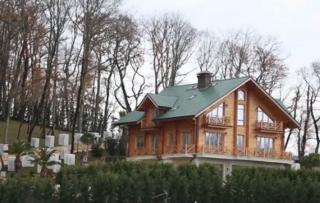 Не исключено, что Янукович обзавелся особняком в Сочи