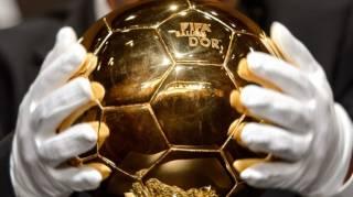 У бывшего «динамовца» отобрали «Золотой мяч». И отдали его Марадоне