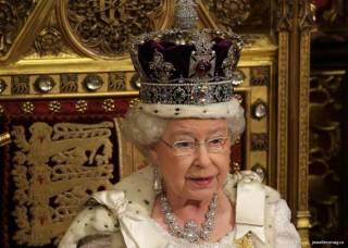 Бриллиант из короны королевы Елизаветы II помог ученым узнать, что творится в 250 км под землей