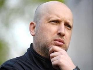 Турчинов утверждает, что украинским войскам удалось занять новые позиции в районе Светлодарской дуги. О потерях – ни слова