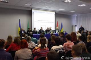 Харьковские депутаты призвали заключить договор о полномочиях