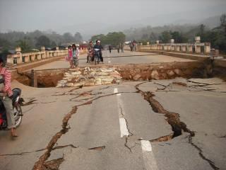 Мощное землетрясение в Чили спровоцировало угрозу цунами