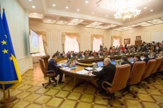 Правительство опубликовало список главных достижений 2016 года, а Порошенко не выполнил и половины своих обещаний