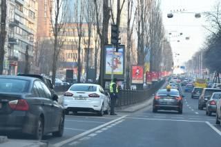 Ради кортежа Гройсмана в центре Киева в разгар рабочего дня выключают светофоры