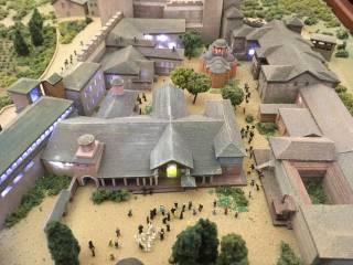В Киеве открыли Афон в миниатюре и выставку редких святынь