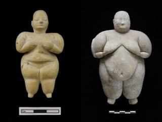 В Турции найдены чудом сохранившиеся за 8000 лет женские фигурки