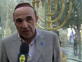 Рабинович берет протестный электорат за горло