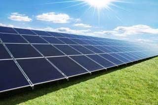 В Украине установили тарифы на солнечную и ветровую энергию