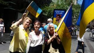 В десятках городов Украины и мира прошли акции протеста против «войны Путина в Украине»
