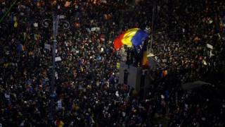 В Румынии прошел крупнейший со времен Чаушеску антикоррупционный митинг. На улицы вышли полмиллиона человек