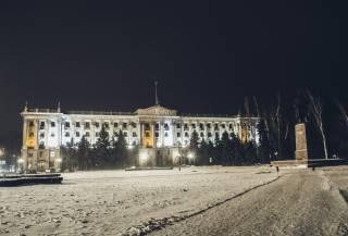 Вместо того, чтобы чистить дороги, в суровом Николаеве решили закрыть все школы
