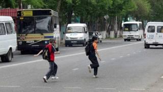 СМИ сообщают о приходе в Украину опасной детской «игры»: «Беги или умри»
