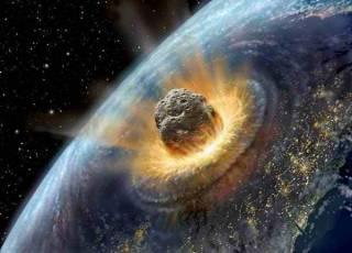 Российские СМИ рассказали о километровом астероиде, который на днях должен стереть с лица Земли Великобританию