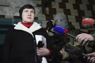 #Темадня: Соцсети и эксперты отреагировали на поездку Савченко в Донецк
