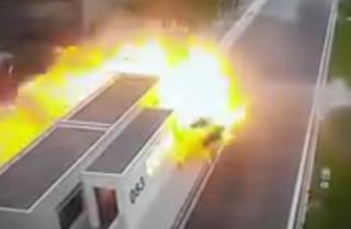 В Греции сын миллионера устроил жуткое ДТП. Люди сгорели заживо
