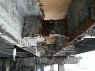 В Киеве обнаружили еще один мост, который вот-вот может рухнуть
