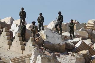 Сирийские войска при поддержке российской авиации взяли под контроль Пальмиру