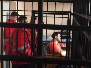Суд продолжает попытки избрать Насирову меру пресечения, хотя прокуроры признали, что он может быть свободен