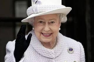 Елизавета II одобрила закон о выходе Великобритании из ЕС