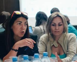 Елена Нарожная: Родительские комитеты в школах превратились в коллекторские образования!
