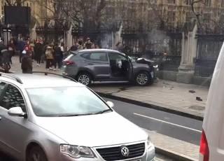 Ответственность за теракт в Лондоне взяло на себя «Исламское государство». Опубликовано видео наезда на мосту