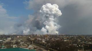 #Темадня: Соцсети и эксперты отреагировали на ЧП на складе боеприпасов в Балаклее