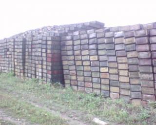 Сгоревший склад в Балаклее до войны напоминал свалку ржавеющих боеприпасов