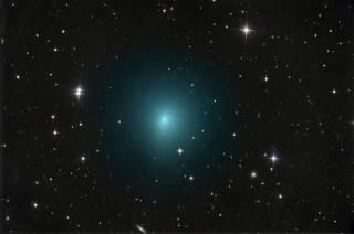 К Земле приблизилась очень странная комета
