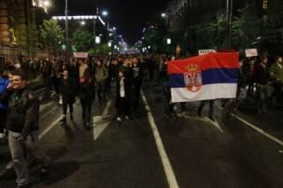 Сербия третий день бунтует против избрания президентом Вучича