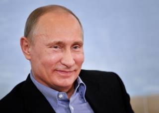Меркель передала британским спецслужбам досье на Путина, а кандидат в президенты Франции пообещал «обуздать» президента РФ