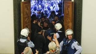 Избрание албанца спикером парламента Македонии чуть не привело к государственному перевороту. Спецслужбы сработали четко