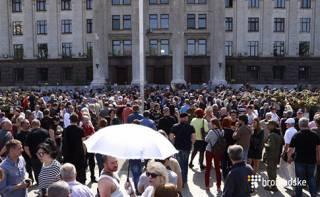 В Одессе прошли две панихиды по погибшим в 2014 году. Полиция сработала четко