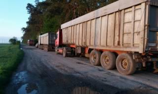На Волыни задержаны 4 фуры со львовским мусором
