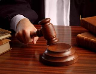 Львовянин оказался на скамье подсудимых из-за публикации в Facebook коммунистической символики