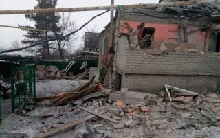 В Авдеевке снаряд разрушил жилой дом, погибли 4 человека. Порошенко пришлось отменить речь на «Евровидении»