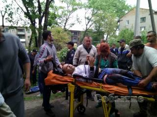 В Каменском личный телохранитель Яроша прострелил таксисту обе ноги за отказ ответить на приветствие «Слава Україні!»