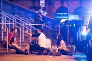 Появилось видео момента взрыва на стадионе в Манчестере. Число погибших выросло