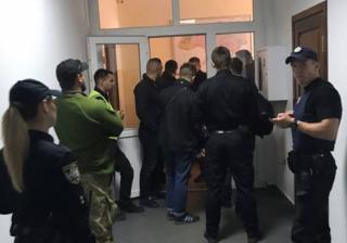 В Киеве неизвестные захватили кабинет председателя Госслужбы геологии и недр Украины
