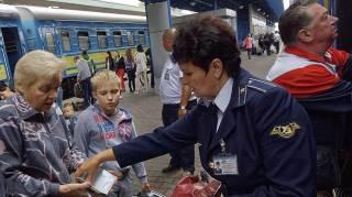 Российские СМИ утверждают, что Украина планирует полностью прекратить пассажирское ж/д сообщение с РФ. В «Укрзализныце» не в курсе