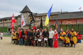 Сборная Украины по средневековому бою отправилась на Чемпионат мира в Дании