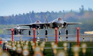 Чего больше всего боятся американские военные: войны на два фронта против России и Китая