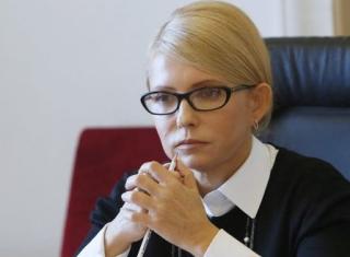 У Порошенко решили, что хорошо было бы обвинить Тимошенко в госизмене. Она в ответ обещает поднять восстание