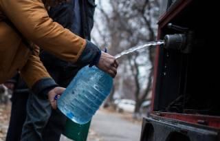 Почти 400 тыс. жителей Донецкой области остаются без водо- и электроснабжения