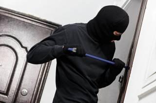 В Украине начинается сезон квартирных краж. Полиция дает советы, как обезопасить себя от воров