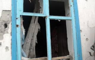 Ночью боевики разрушили 12 домов в Волновахском районе. Еще 140 домов остались без света