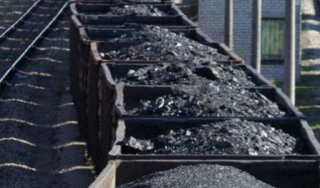 Прокуратура возбудила дело по факту продажи за границу угля из оккупированного Донбасса