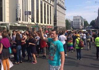 Активисты уверяют, что в Киеве отлавливают участников Марша равенства, а кое-кого уже даже избили
